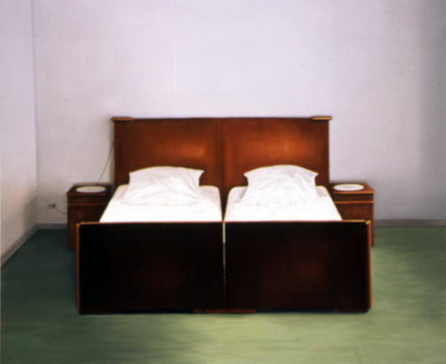 2004, The Bed